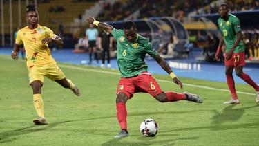 Kameruns Verteidiger Ambroise Oyongo beim Afrika-Cup