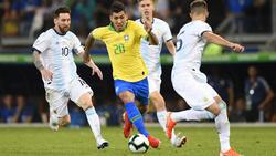 Firmino anotó el segundo tanto de Brasil contra Argentina.