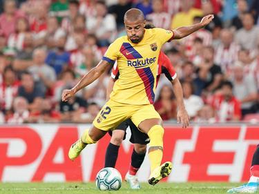 Rafinha abandona Barcelona por falta de oportunidades.