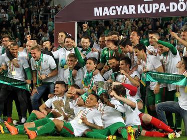 Fradi feiert die erfolgreiche Titelverteidigung im Magyar Kupa