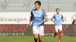 Beim BVB einst chancenlos, bald wohl dennoch in der Bundesliga: Janni Serra