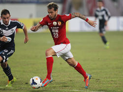 Alessandro Diamanti con la camiseta del Guangzhou chino. (Foto: Getty)