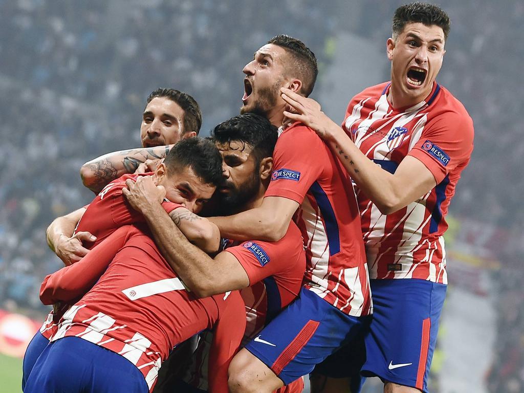 Die Rojiblancos feiern den Gewinn der Europa League
