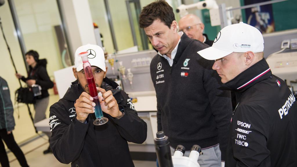 Das Mercedes-Dreigestirn hat sich das zweite Double in Serie gesichert
