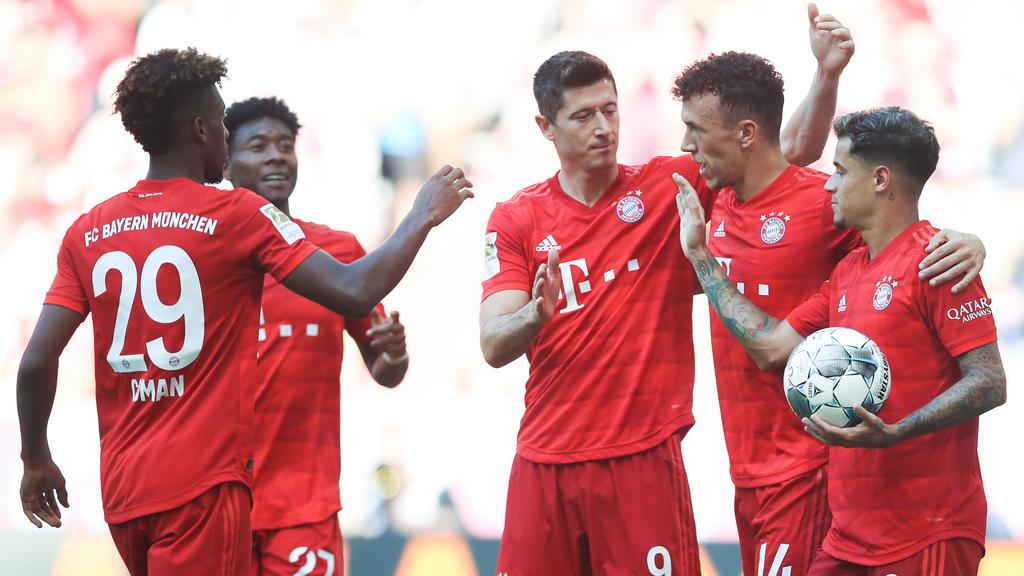 Der FC Bayern muss seine Neuzugänge Ivan Perisic (4. v. r.) und Philippe Coutinho (r.) integrieren, meint Ottmar Hitzfeld