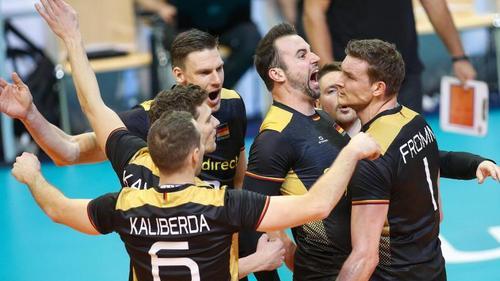Deutschlands Volleyballer siegten gegen Bulgarien