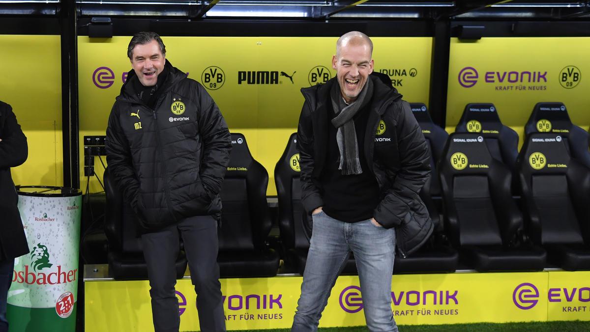 Carsten Cramer (r.) will das Interesse an einem Frauenteam des BVB herausfinden