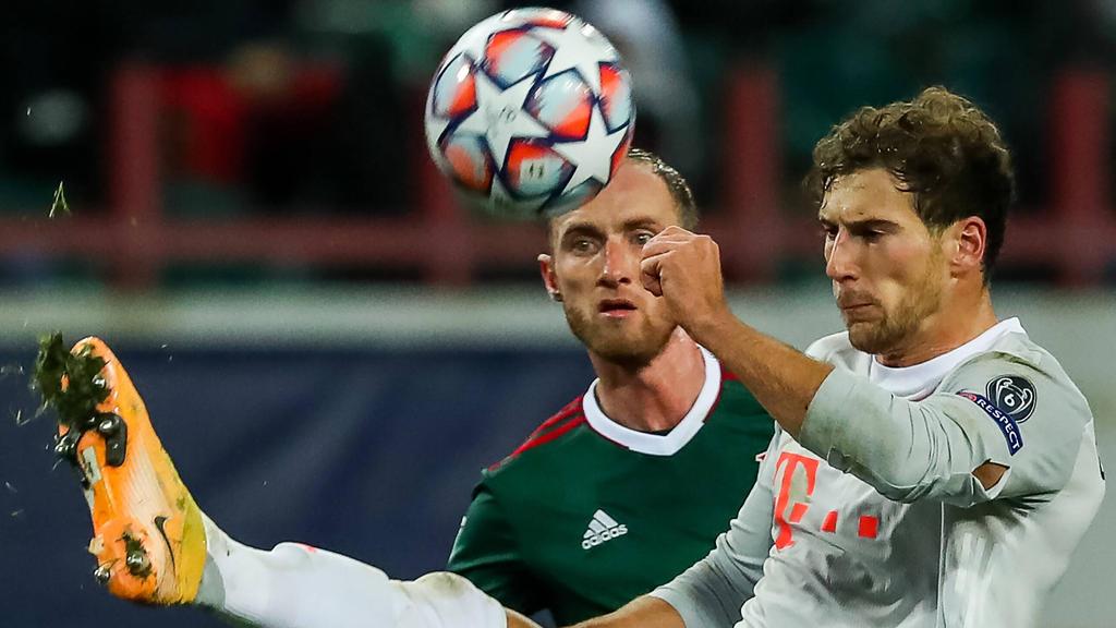 Trikotpanne beim FC Bayern: Der gerissene Ärmel von Leon Goretzka ist deutlich zu erkennen