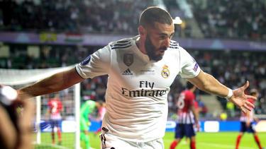 Benzema celebra un gol al Atlético en la Supercopa europea. (Foto: Getty)