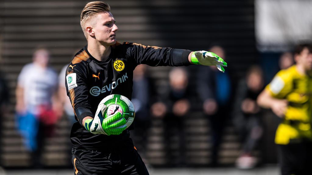 Luca Unbehaun zeigte im BVB-Tor eine starke Leistung