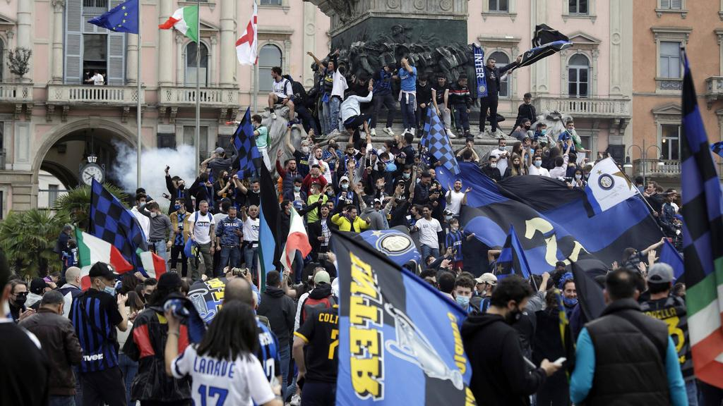 Die Fans von Inter Mailand feierten ohne Rücksicht auf die Kontaktbeschränkungen