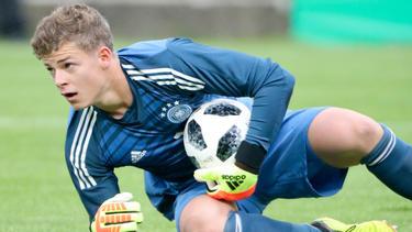 Finn Dahmen hat seinen Vertrag in Mainz vorzeitig verlängert