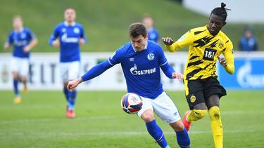 Im Hinspiel setzte sich der BVB II klar mit 5:1 auf Schalke durch