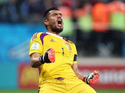 Contra Bolivia se convirtió en el portero con más partidos jugados en la Albiceleste. (Foto: Getty)