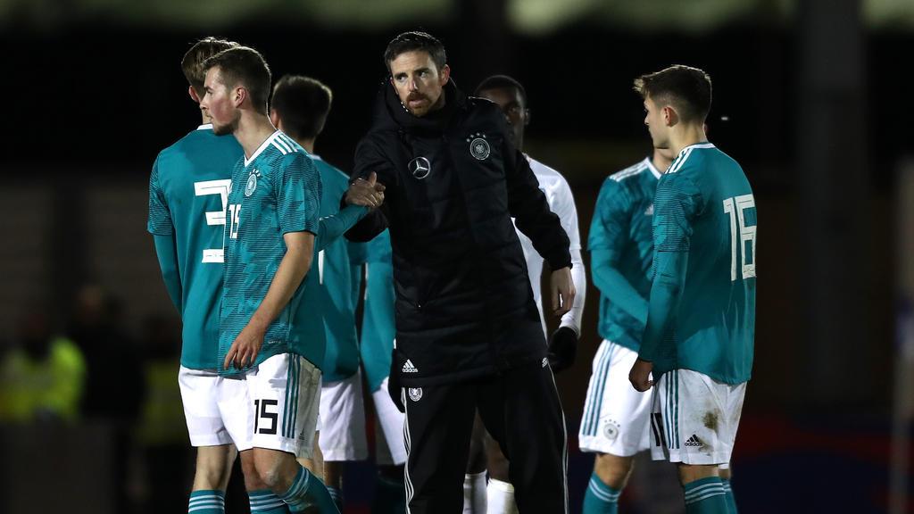 Meikel Schönweitz (M.) wird neuer Cheftrainer der U-Nationalmannschaften des DFB