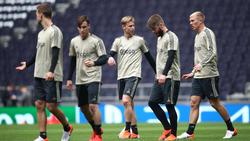 El Ajax entrenando en el estadio del Tottenham. (Foto: Getty)