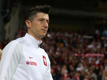 Robert Lewandowski en un duelo de clasificación contra Dinamarca. (Foto: Getty)