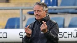 Hat Zweifel an einer baldigen Rückkehr von Fußball-Fans in die Stadien: Bielefelds Trainer Uwe Neuhaus