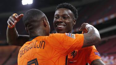 Holanda sigue ganando pese al cambio de técnico.