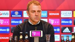 Wie reagiert Hansi Flick auf die Gerüchte rund um den FC Bayern?