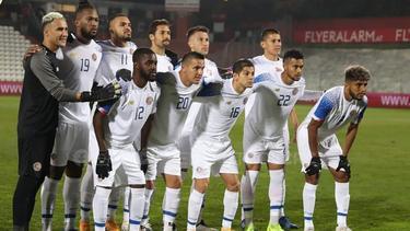Once inicial de Costa Rica ante Catar.