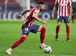 Héctor Herrera no podrá vestirse de corto en unas semanas.