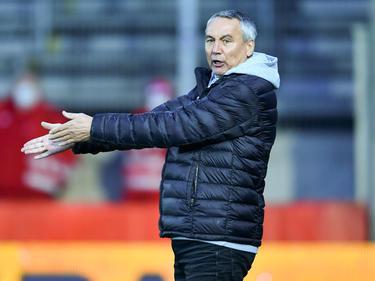Peter Pacult bleibt dem SK Austria Klagenfurt erhalten