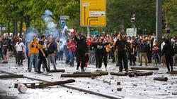 In Dresden kam es zu Ausschreitungen zwischen Dynamo-Fans und der Polizei