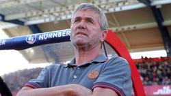 Friedhelm Funkel muss mit seinem Team gegen Schalke 04 bestehen