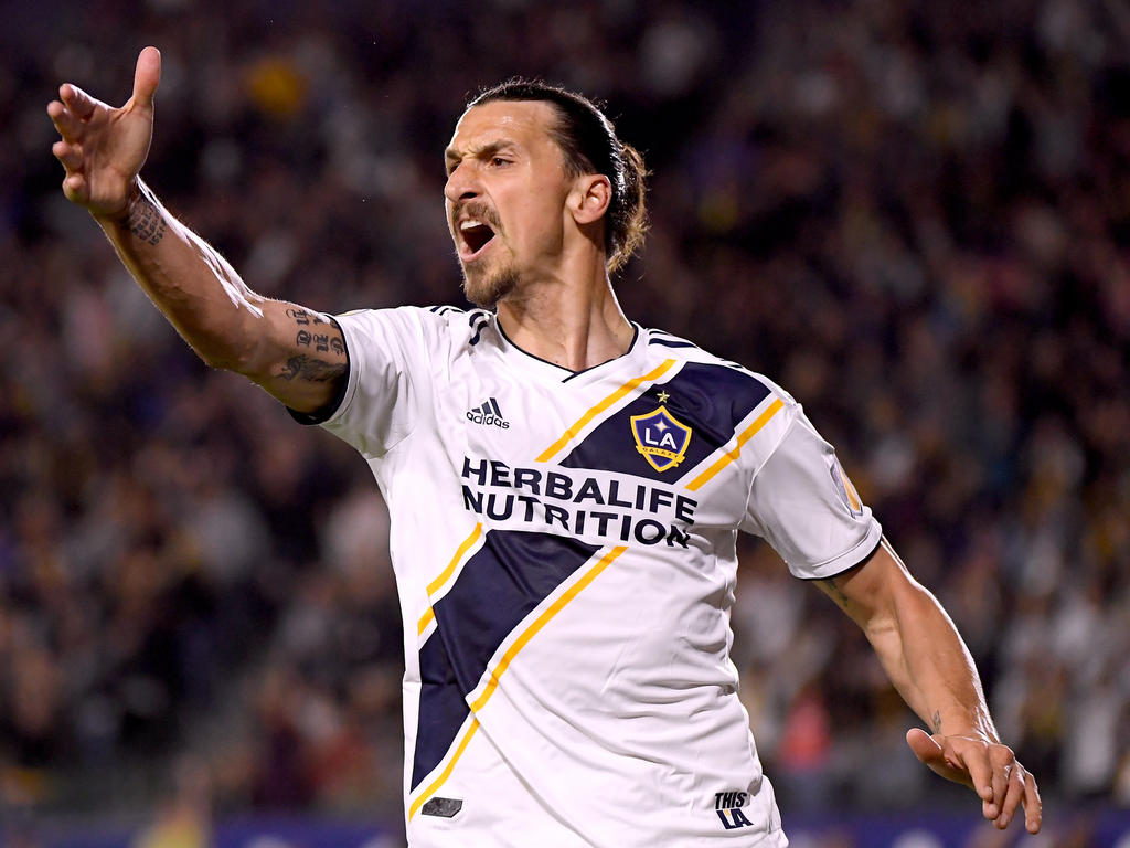 f0cc89bff9e Ibrahimovic scores twice but Galaxy fall to FC Dallas. Zlatan Ibrahimovic  returned from a one-game suspension to score two goals ...