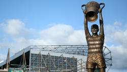 Billy McNeill Statue outside Celtic Park Stadium