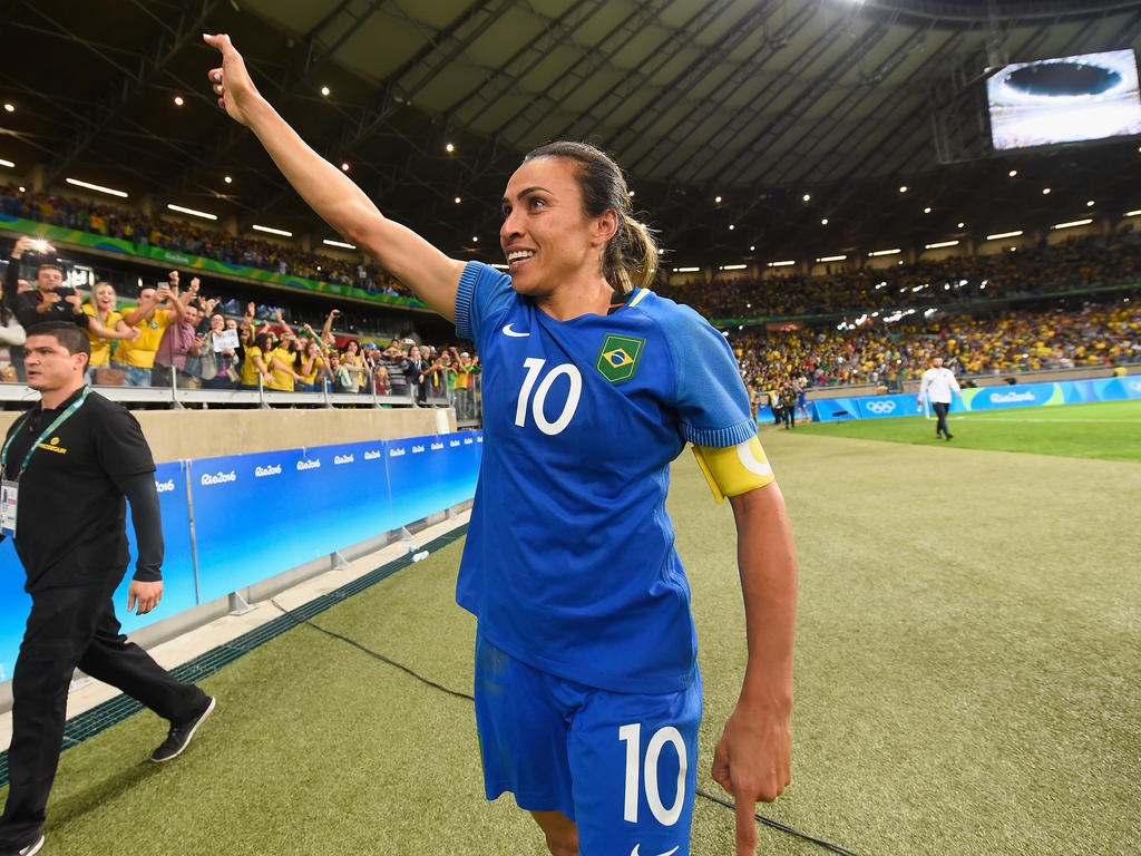 Marta nimmt die schwedische Staatsbürgerschaft an
