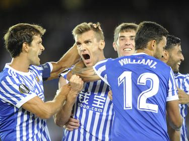 Diego Llorente es felicitado por sus compañeros tras uno de sus tantos. (Foto: Imago)