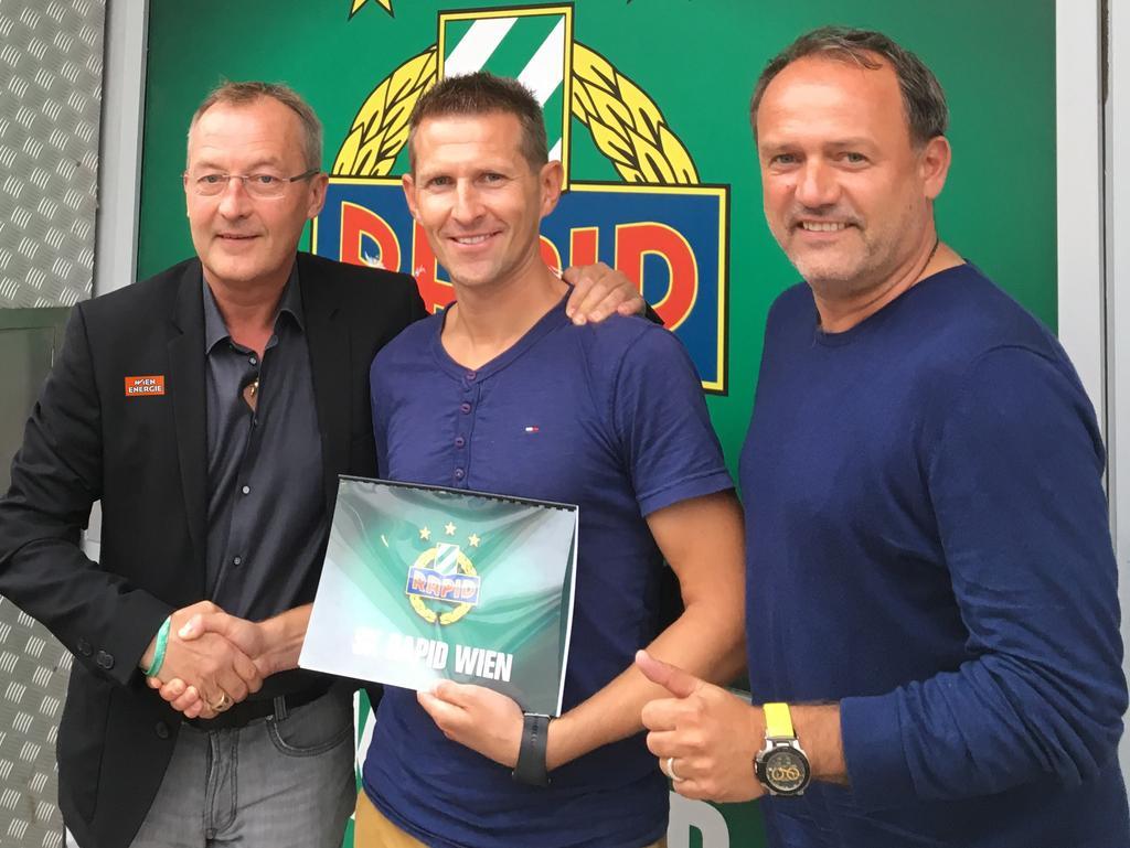 Rapid-Sportchef Fredy Bickel, der neue U16-Coach Harald Suchard und Nachwuchsleiter Willi Schuldes