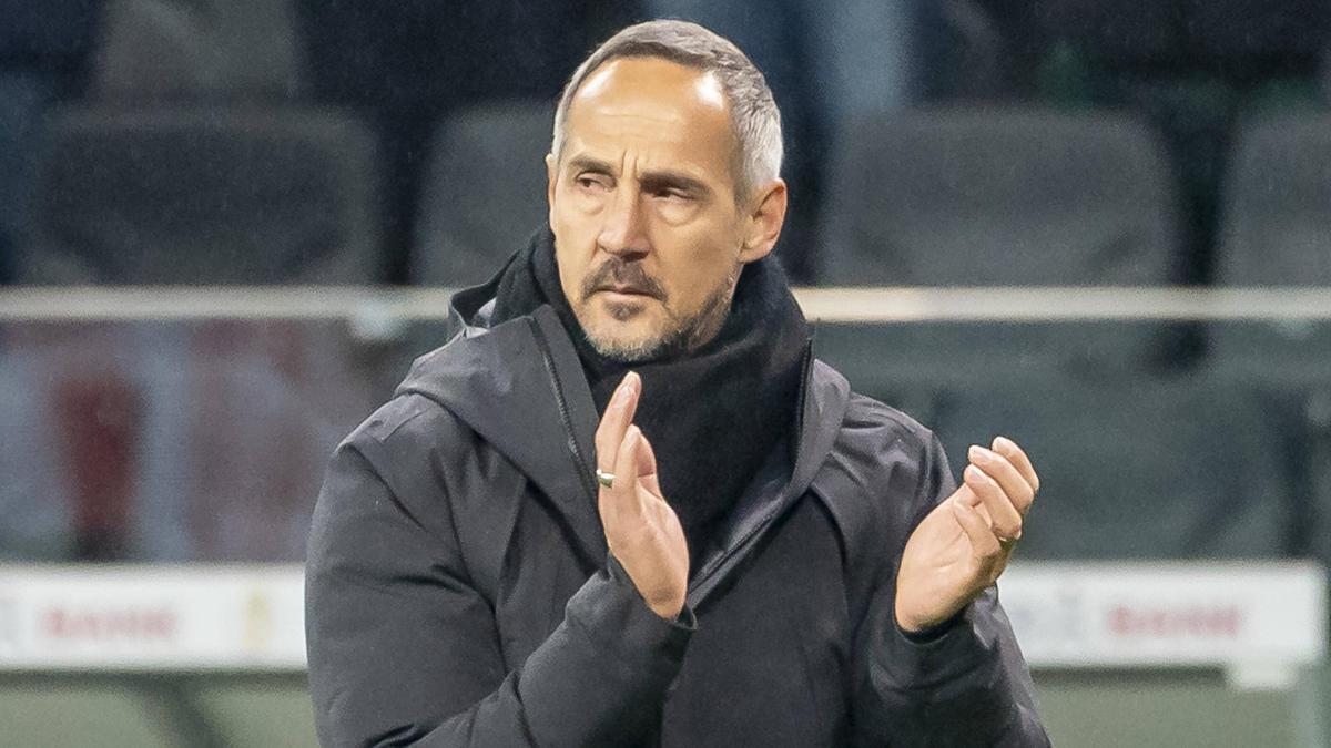 Adi Hütter will gegen den FC Augsburg gewinnen