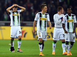 Granit Xhakas (l.) Fuß war nach der Partie gegen die Bayern dick bandagiert