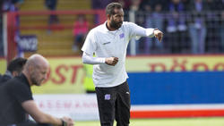 Daniel Thioune und der VfL bleiben in der 3. Liga an der Tabellenspitze