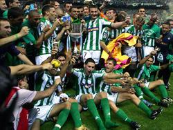 El Betis quiere levantar otra Copa como ya hiciera en 2005 ante Osasuna. (Foto: Getty)