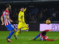 Roberto Soriano en LaLiga contra el Atlético. (Foto: Getty)