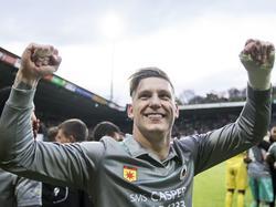 Jordy de Wijs is in extase na afloop van het competitieduel NEC Nijmegen - SBV Excelsior (22-04-2017).