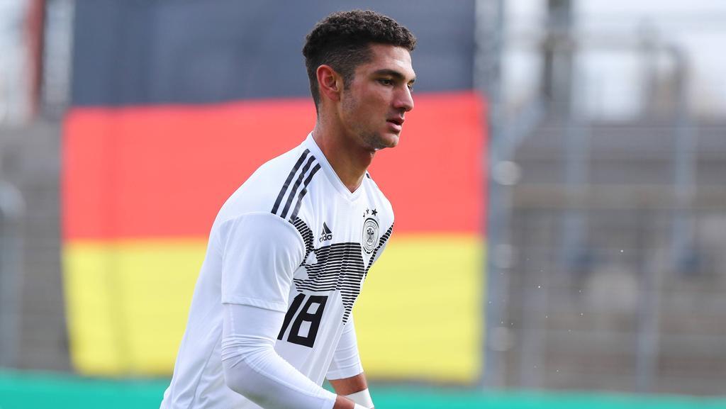 Kerim Calhanoglu ist nun Profi beim FC Schalke 04