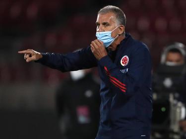 Carlos Queiroz en el área técnica de la selección colombiana.