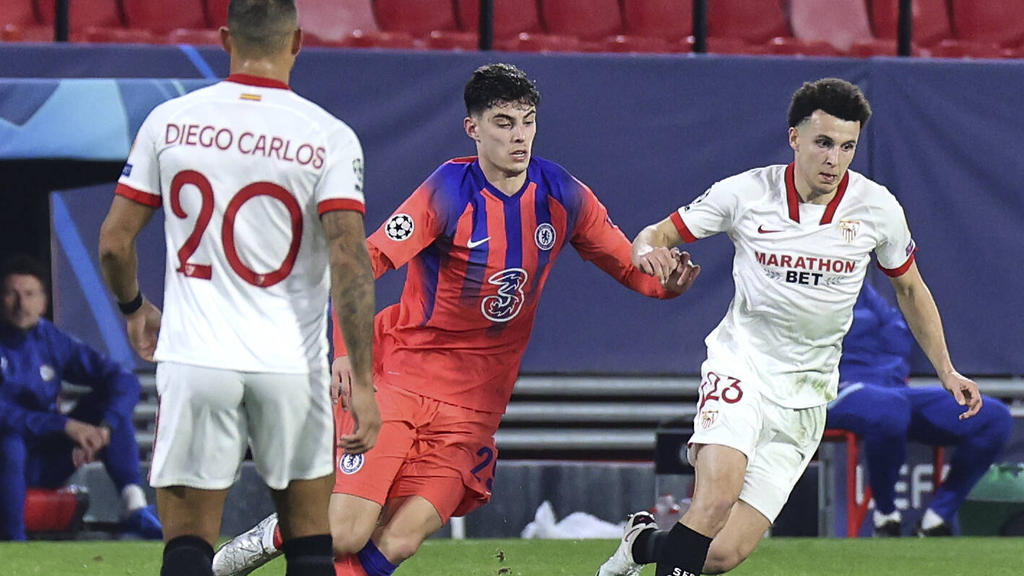 Kai Havertz (M.) gewann mit dem FC Chelsea in der Champions League