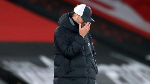 Jürgen Klopp tritt mit Liverpool bei Aston Villa an