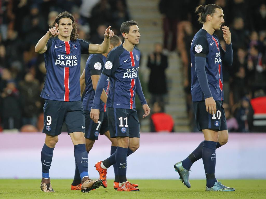 33430dfee95 Paris Saint-Germain are guaranteed to end 2015 on top of the Ligue 1 table  after a 4-1 win against Troyes on a day marked by tributes to the victims  of the ...
