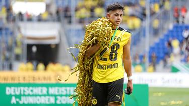 Dario Scuderi holte 2016 mit Borussia Dortmund den Meistertitel bei den A-Junioren