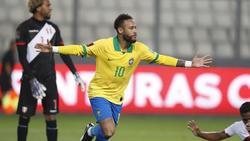 Neymar fue el hombre del partido ante los incas.