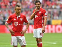 Hummels (r.) war nach dem Unentschieden gegen Köln nicht ganz zufrieden