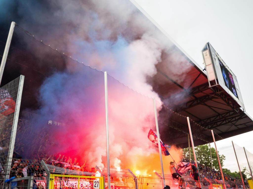 In Mannheim wurde massiv Pyrotechnik gezündet