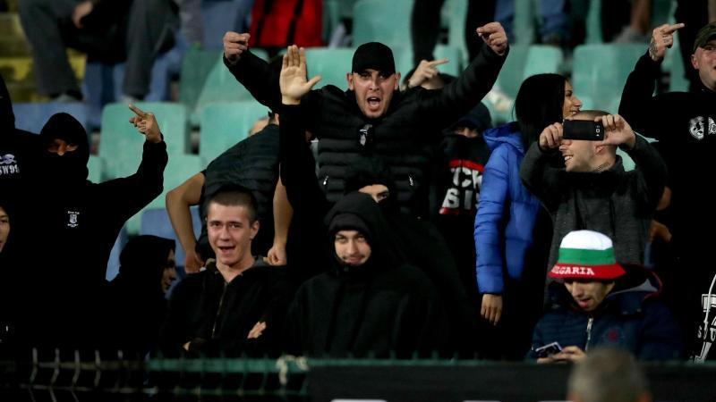 Bulgarische Neonazis werden zur Rechenschaft gezogen